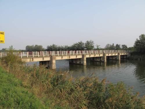Ponte Gramignara: ponte (demaniale)  / ambito rodigino polesano - periodo novecentesco - PORTO VIRO (ROVIGO)