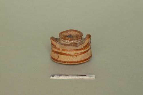 alabastron angolare / XIII sec. a.C.