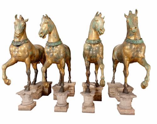statua / Quattro cavalli di una quadriga / Età romana/ secc. II d.C./ III d.C.